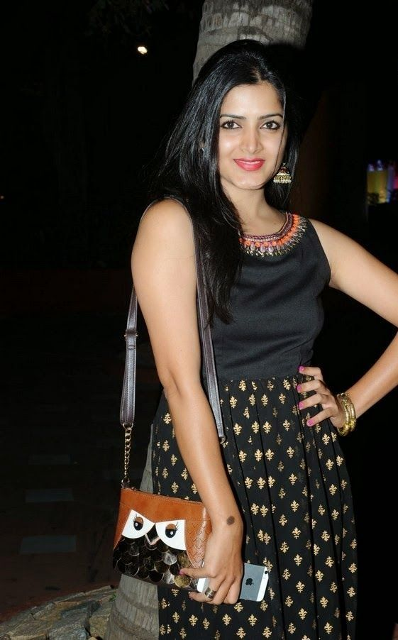 Actress Pavani Latest Cute Hot Exclusive Beautiful Black Dress Spicy Photos Gallery