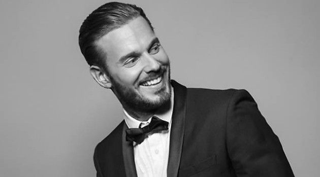 Forever Gentlemen : M.Pokora et Gad Elmaleh chantent Singing In The Rain