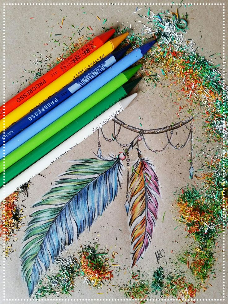 Rainbow feathers... KOH-I-NOOR Progresso coloured pencils and SAKURA Pigma brush marker #feather #feathertattoo #progresso #tattoodesign #tattoo #rainbow