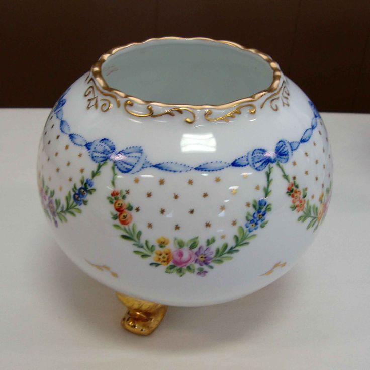 Porcelain Art Club of Houston - ART GALLERY