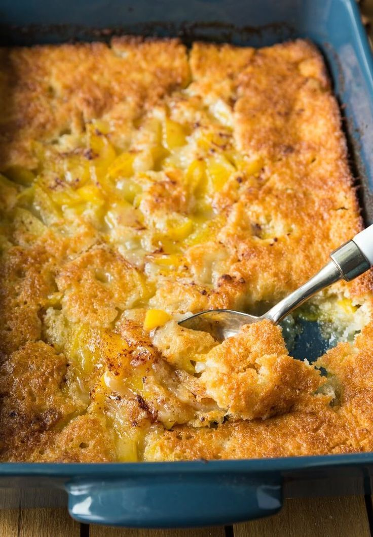 Best Southern Peach Cobbler EVER   – Desserts