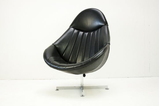 Hedenverleden.nl | Rohe fauteuil | Stoelen & banken 595 euro, artnr D14005
