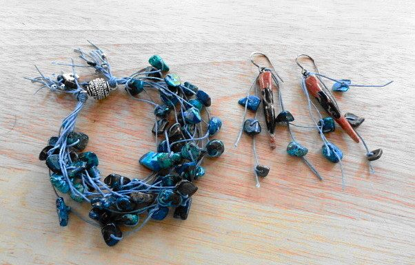 Shattuckite 8 Strand Hand Knotted Magnetic Closure Bracelet and Ceramic Spike Earring Set In Irish Linen and Argentium Silver by StonyMaronyJewelry on Etsy