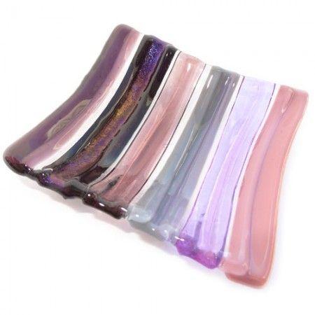 Gestreept glazen schaaltje van roze en paars glas. Uniek eenmalig schaaltje van glas!
