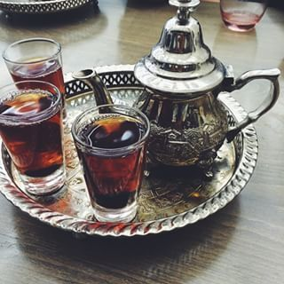 EGYPT | Egypt is a large importer of tea, and it's common to drink unsweetened black tea throughout the day. Hibiscus tea is often a specialty at Egyptian weddings | http://www.buzzfeed.com/chelseypippin/22-cups-of-tea-from-around-the-world?utm_term=.cbZwmXZ0ek#.rj0R2K6vAr