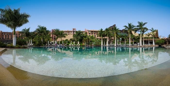 Lopesan baobab swimming pool gran canaria islas canarias hotels pools canary islands - Piscinas 7 islas ...