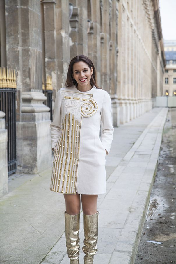White and gold at Paris Fashion Week! These boots are so amazing, I wish I could wear them every day!