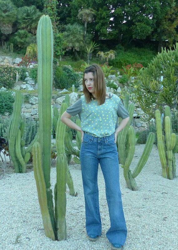 Mira este artículo en mi tienda de Etsy: https://www.etsy.com/es/listing/534464909/ropa-vintage-vaquero-lois-vintage-de