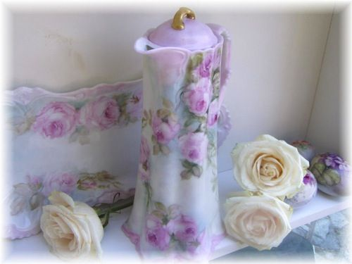 simply gorgeous <3: Rose Pale, Pink Roses, Hot Chocolate, Paintings Rose, Rose Chocolates, Prussia Style, Style Chocolates