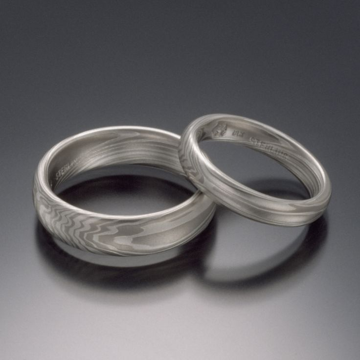 Nice This wide White Gold and Silver TERRA Mokume band is one sweet ring The solid white on white Mokume in this earthy style echoes sun bleached wood foun