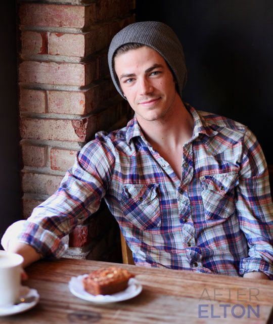 most recent celeb crush... Grant Gustin. who, by the way, NEEDS to play Finnick Odair or I seriously won't even go see the movie.