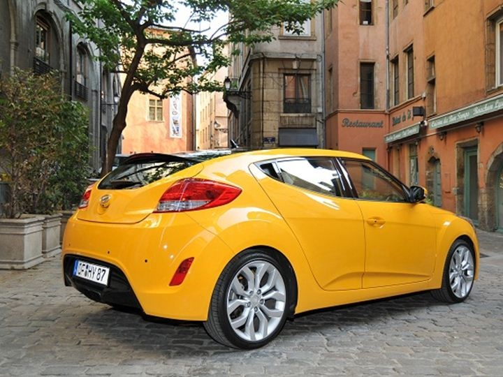 Hyundai Veloster  on http://newscarshow.com/search/hyundai-veloster/ | #hyundai #veloster