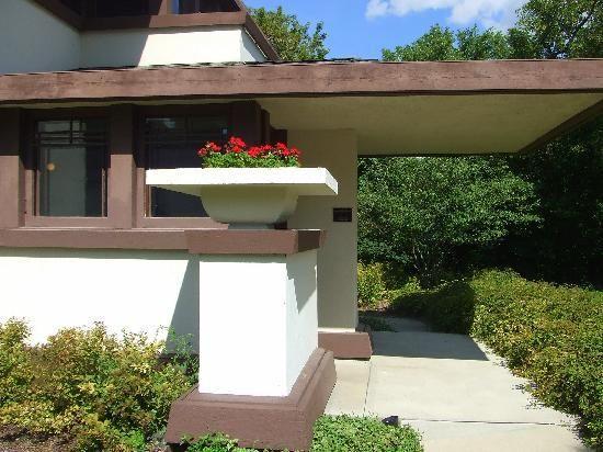 Frank Lloyd Wright's Stockman House   Mason City: House Mason, Mason Cities