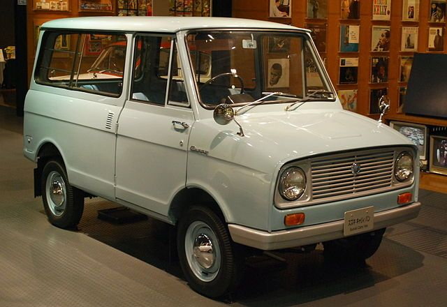 1964 Suzuki Carry Van. Love those retro Suzukis!