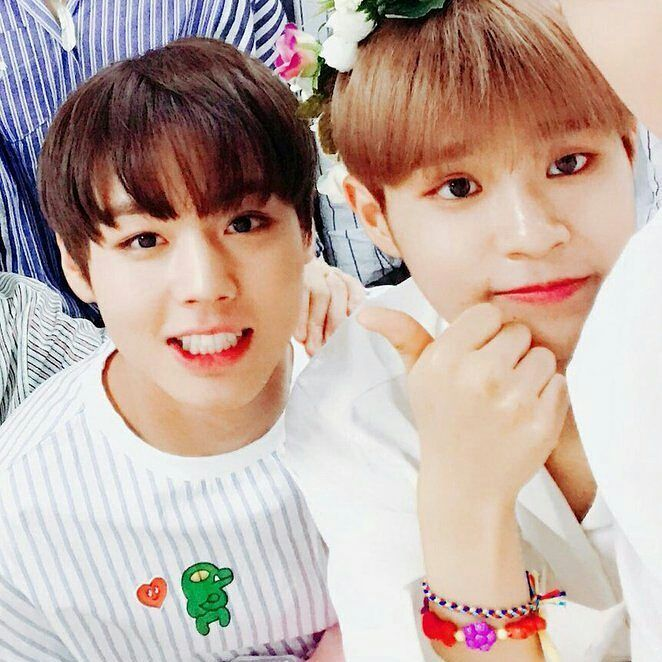 While people are arguing about Winkdeep or Jinhwi, then WinkHwi comes to end winkdeep and jinhwi     _    170815 Wannaone_twt updates
