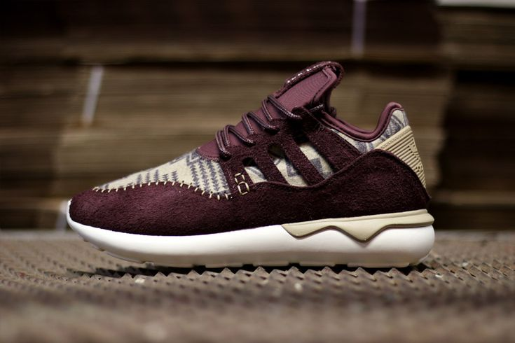 new-adidas-originals-tubular-moc-runner-blanket-textile-01