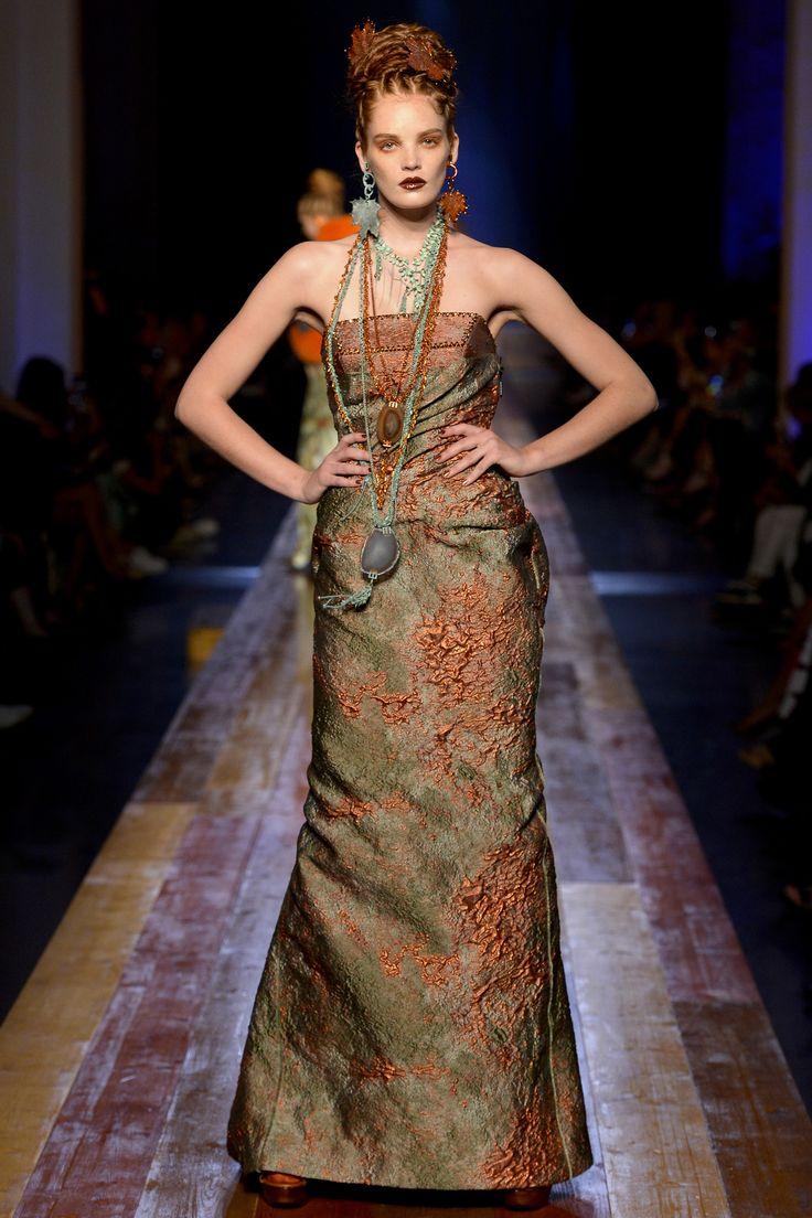 Jean Paul Gaultier Haute Couture Fall/Winter 2016-2017 44
