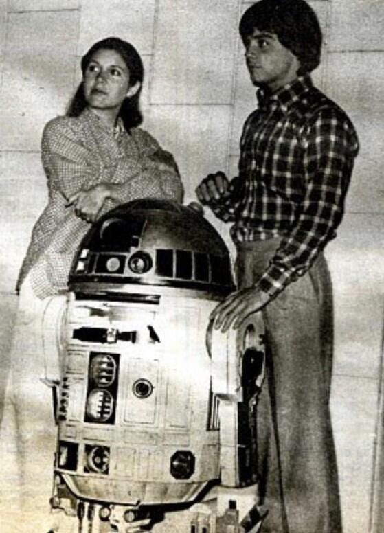 Carrie Fisher, R2-D2 and Mark Hamill