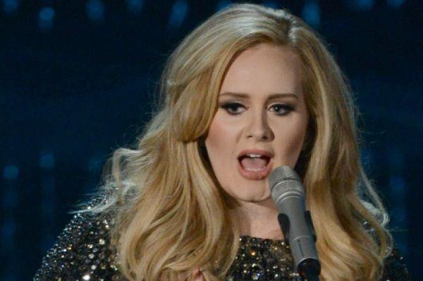 Adele se despide de escenario al terminar gira