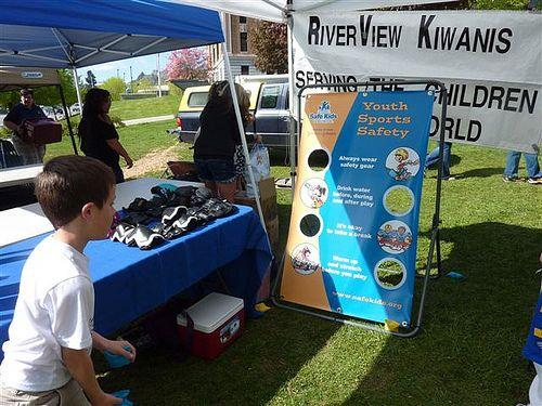 Safe Kids Chelan-Douglas (Washington) teaches sports safety during Safe Kids Week