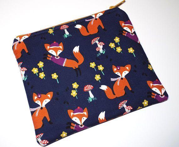 Fox Zipper Pouch Fox Zipper Bag Pencil Pouch Cell Phone #giftforher #foxes #zipperpouch #handmade #zipperbag #etsy