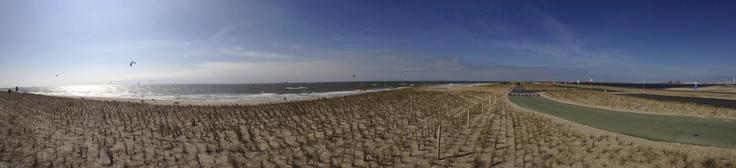 Panorama of Kitesurfing and the road near the 2nd Maasvlakte in Rotterdam