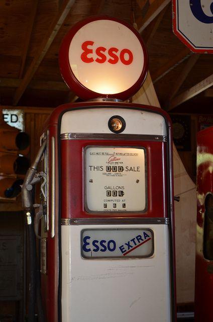 esso gas pumps | Esso Gilbarco Gas Pump (1) | Flickr - Photo Sharing!