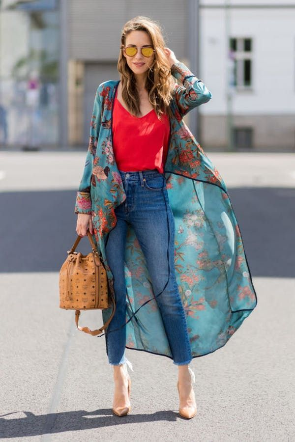 c7460bb5a3f 31 Fabulous Outfit Ideas for Every Day in August  purewow  summer  fashion   style  streetstyle  outfitideas  summeroutfits  summerfashion   summeroutfitideas ...