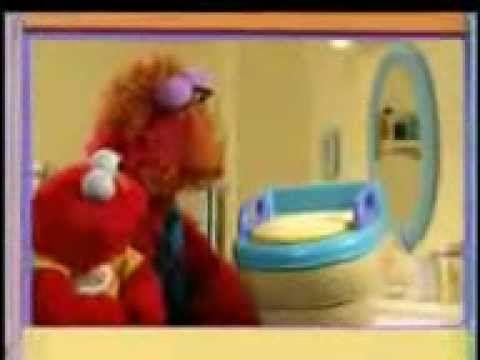 La televisión, algunas veces, también enseña.  Ayuda a tu hijo a ir al baño.