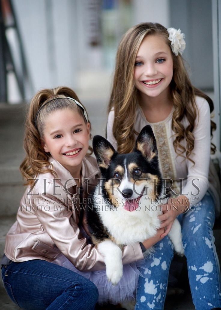 Maddie & Kenzie with their dog Molly