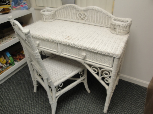 White Wicker Desk and Chair Set... in 2019 Wicker