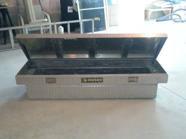 Husky Pick up bed tool box (Upton,MA) $100