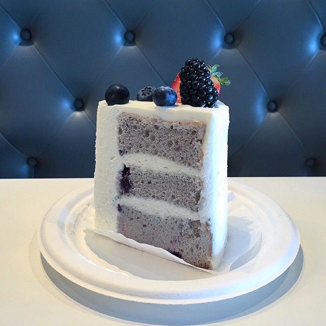 Blueberry Chiffon Cake from Paris Baguette. #cake #blueberries #dessert