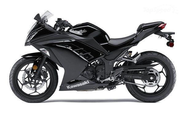 Black Kawasaki Ninja 2014