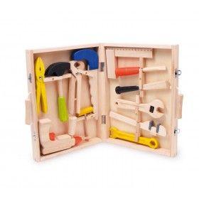 12-dielny drevený kufrík s náradím Tento kufrík na náradie pre malých remeselníkov je vyrobený kvalitne z prírodného dreva.