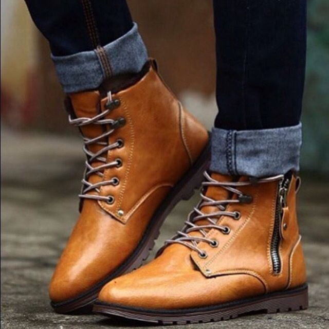 Via @mensuitsteam  #worldsuniquedesigns #fashion #man #mansfashion #fashionlove #fashiondesign #fashiondesigner #style #stylish #styling #manstyling #design #designlive #boot #manbooty #manboots #camel #camelboots