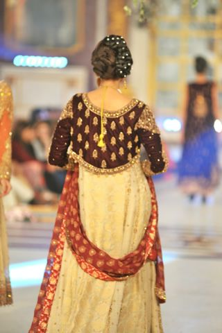 Aisha Imran Latest Wedding Dresses  #pantenebridalcoutureweek2013 #bridalcouture http://www.fashioncentral.pk/pakistani/ramp/review-1263-aisha-imran-collection-at-pantene-bridal-couture-week-2013-day-3/complete-collection/