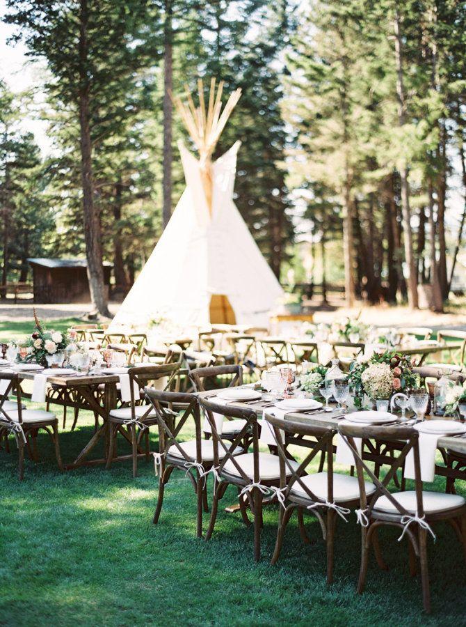 Rustic Montana wedding table decor: http://www.stylemepretty.com/2017/04/13/montana-homestead-wedding/ Photography: Orange Photographie - http://orangephotographie.com/