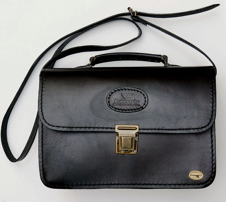 Freestyle Lindsay Black Handmade Genuine Leather Handbag. R 1'499. Handcrafted in Cape Town, South Africa. Shop online https://www.thewhatnotshoes.co.za/ Free delivery within South Africa.