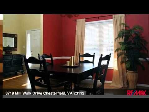 You'll love living in this quality 4 bedroom 2 story home. This transitional home is in a great neighborhood near shopping, fitness centers, fine dining and entertainment.   Some features of this lovely home include: built in 2004, finished 2 car garage, vinyl siding, wrapped front porch, paved drive, manicured yard with fenced in rear yard, deck and new patio.  Inside features 2 story foyer, hardwood floors, formal dining room, and gourmet kitchen with center island, upgraded lighting and…