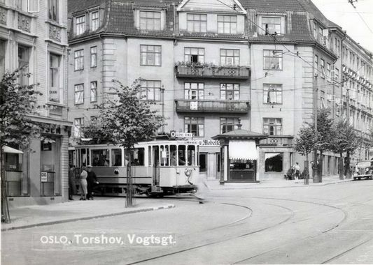 tram at torshov, ca 1937