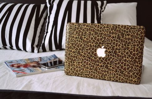 Just amazing. Leopard macbook? I'll take it.
