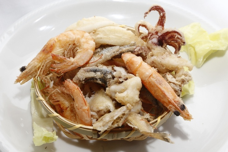 Fritturina di Pesce  #food #bagnocerboli #follonica #italianfood #foodfotografy #fishfood