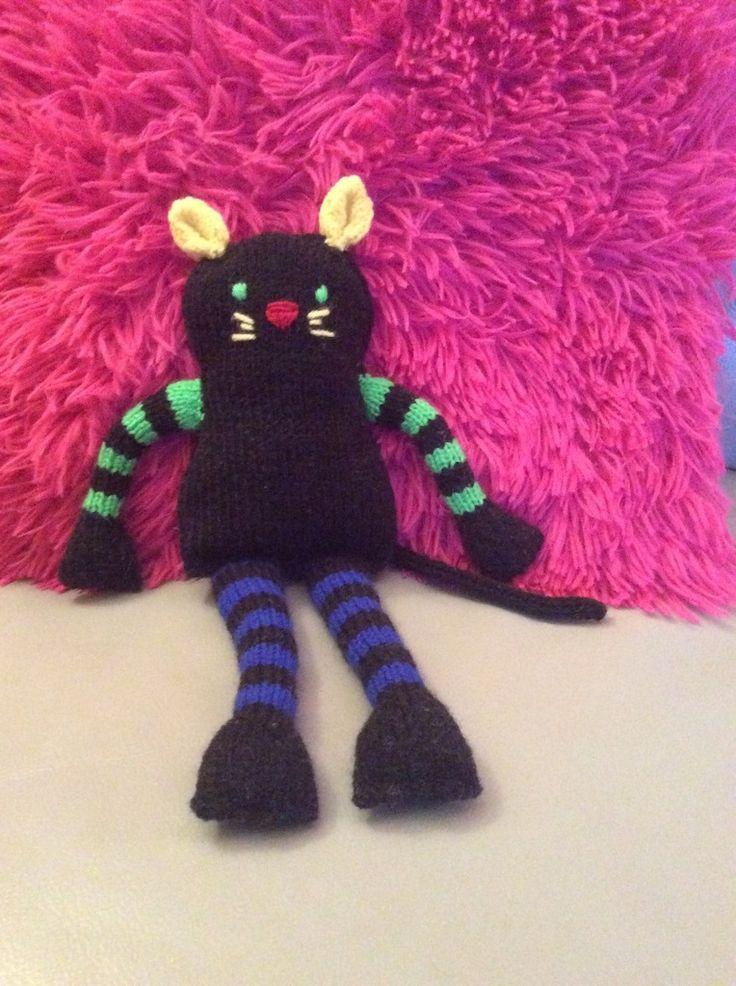 les 130 meilleures images propos de crochet tricot sur pinterest motif gratuit marque. Black Bedroom Furniture Sets. Home Design Ideas