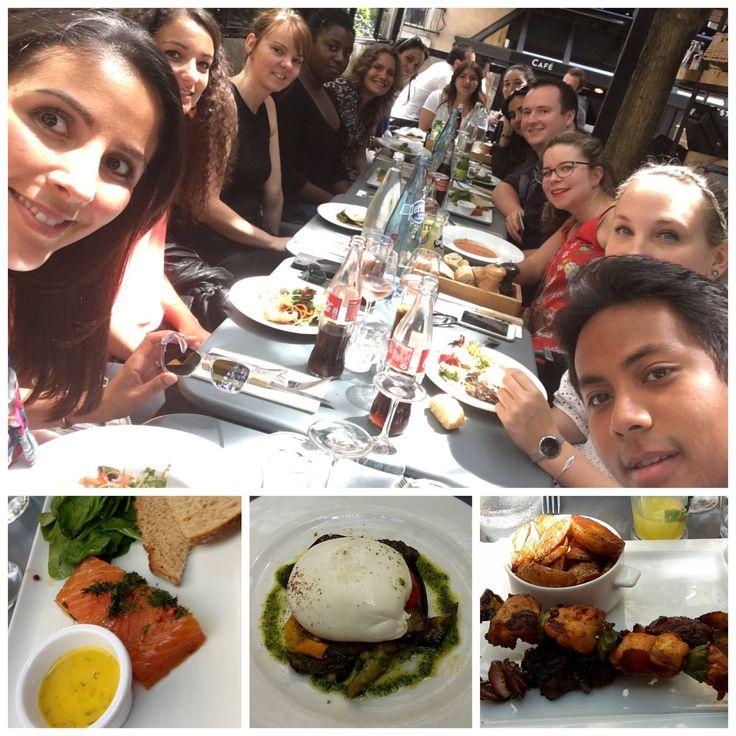 *** TEAMBUILDING ORSYS ***  Une jolie tablée pour le repas de service d'une équipe commerciale parisienne ainsi que du service appels d'offres d'ORSYS :) C'était au restaurant Les Fous de la Quille  à Suresnes. Merci pour les photos !  #ORSYS #teamorsys #teambuilding #restaurant #dejeuner #lesfousdelaquille #suresnes #equipe #service #commercial #AO #collegue #ladefense