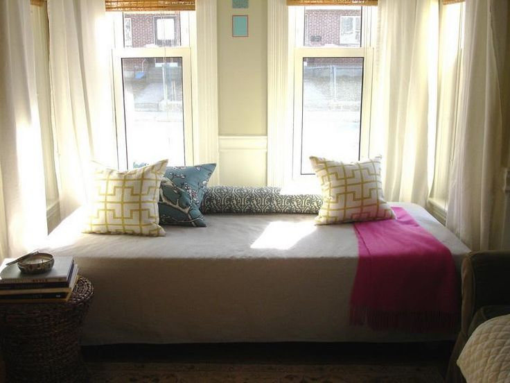 Best 25+ Queen size daybed frame ideas on Pinterest | Build a ...