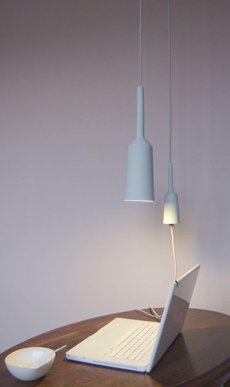 Lotte Douwes Lamp & Socket is een unieke Dutch Design lamp en stopcontact