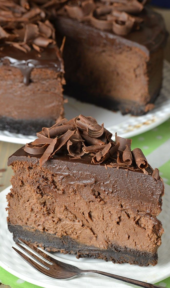 Triple Chocolate Cheesecake Oreo Crust ~ This triple chocolate cheesecake is an extra chocolatey dessert that is just so delicious it's almost beyond belief.