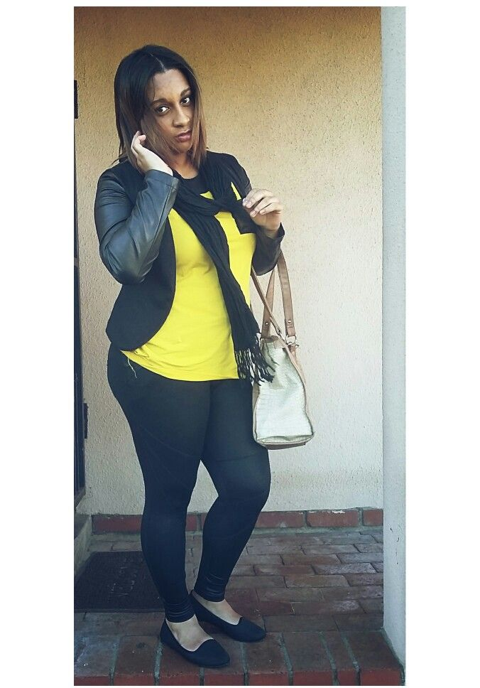 ShaniUzziahFaro Thick  thighs rock Classy girl