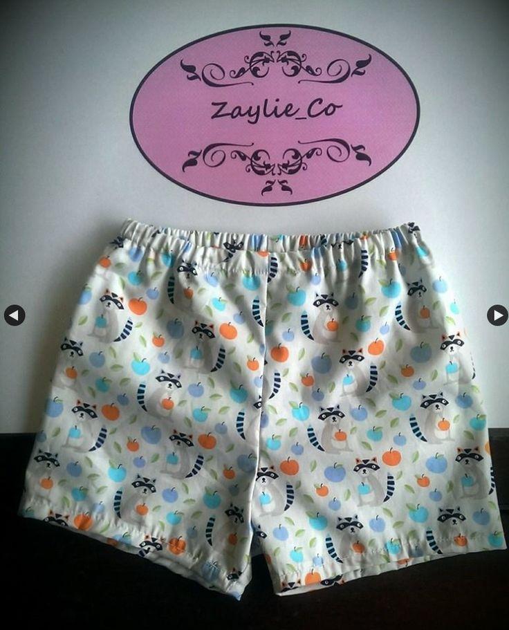 Zaylie_Co's cute raccoon printed shorts